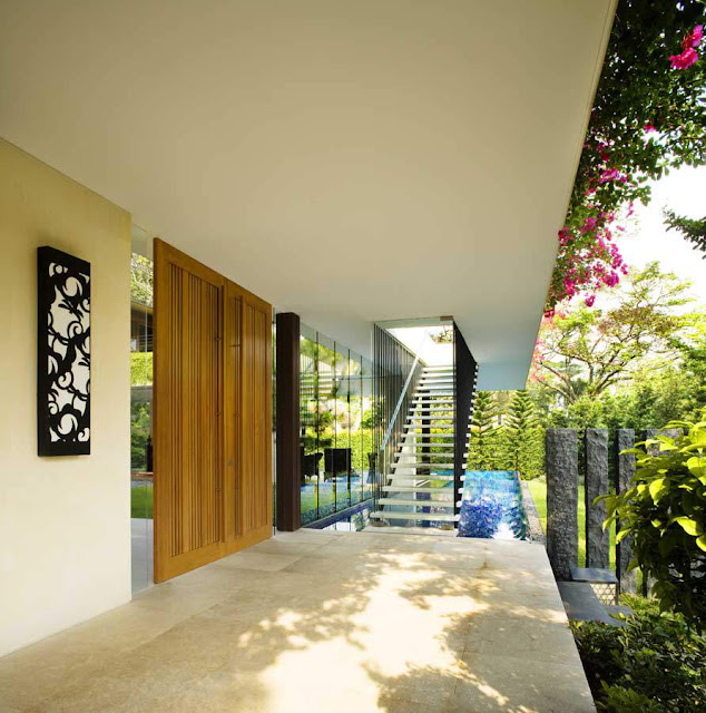 Contemporary Tropical Stairs Design