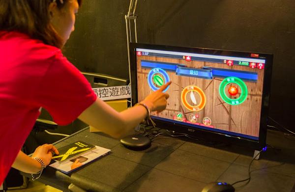 可以玩觸控遊戲,圖片由技德科技提供。