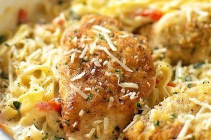Copycat Olive Garden Tuscan Fettuccine Garlic chicken