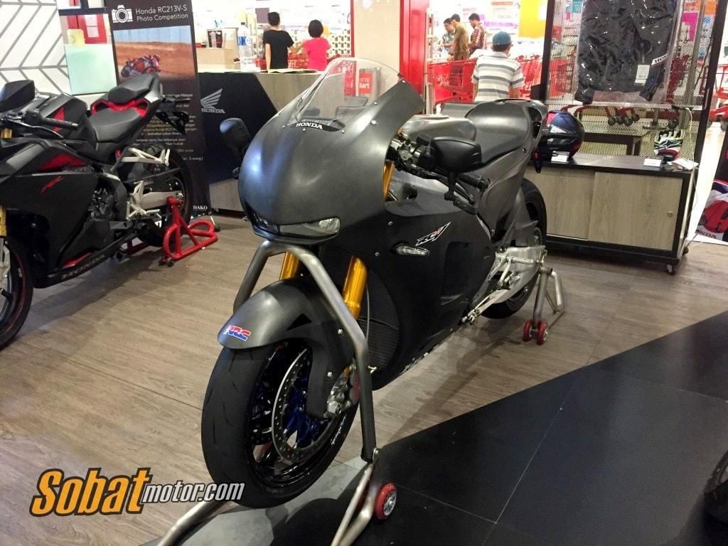 Dijual dengan harga lebih dari 8 Milyar Rupiah, berikut impresi pertama SM saat bertemu langsung dengan Honda RC213V-S !
