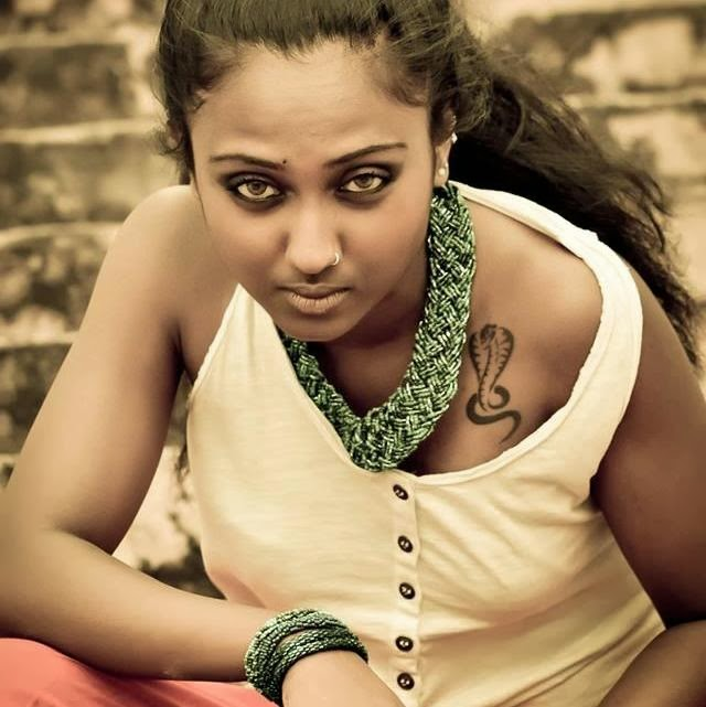 Our Lanka: Sri Lankan Models Photos ( 32 ) :Ameesha Kavindi