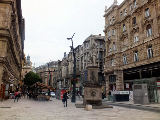 calle peatonal budapest