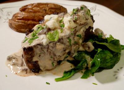 Petite Filet w/ Gorgonzola Mushroom Sauce