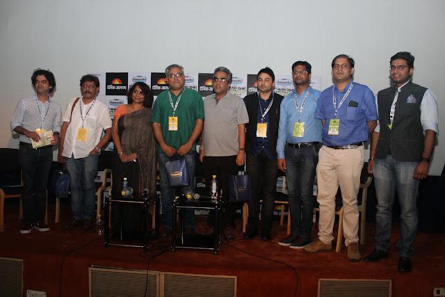 Coffee Table Session by Mayank Shekhar Writing Stars Biography with Yasir Khan, Aseem Chhabbra, Udayan Mitra, Poonam Saxena, Prakash K Ray (1)