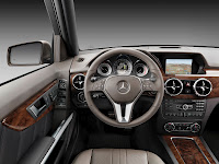 New 2012 Mercedes Benz GLK X204 FaceLift Interior Cockpit Source High Resolution Photo