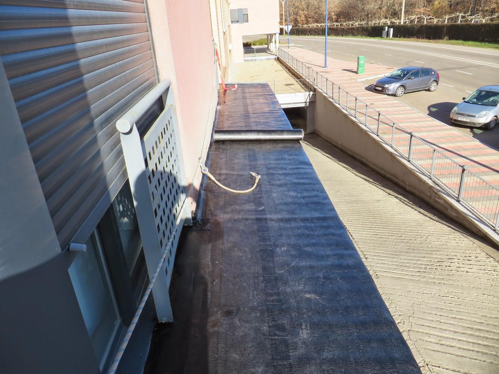 Reformas villasol impermeabilizaciones con tela asfaltica for Tela asfaltica para tejados de madera
