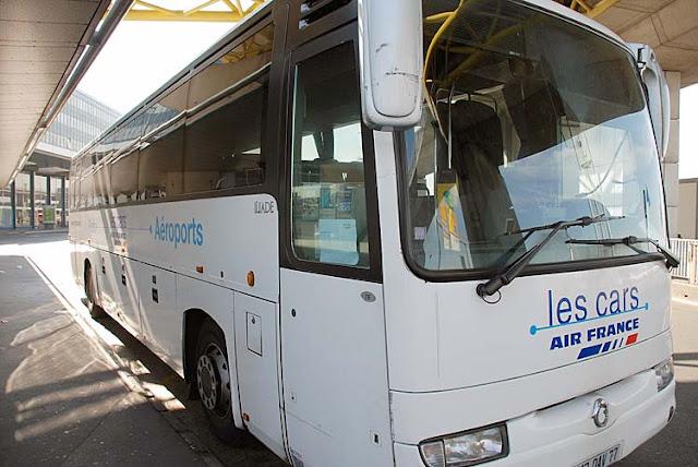 Ônibus da Air France, do aeroporto até o centro de Paris