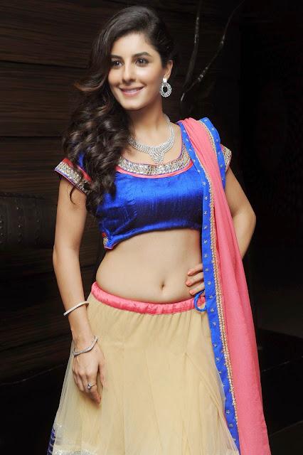 Isha Talwar glam pics 021 - Malayalam Actress Isha Talwar Hot annuring naval showing Images collection