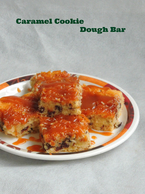Cookie dough bar with caramel, Caramel cookie bar