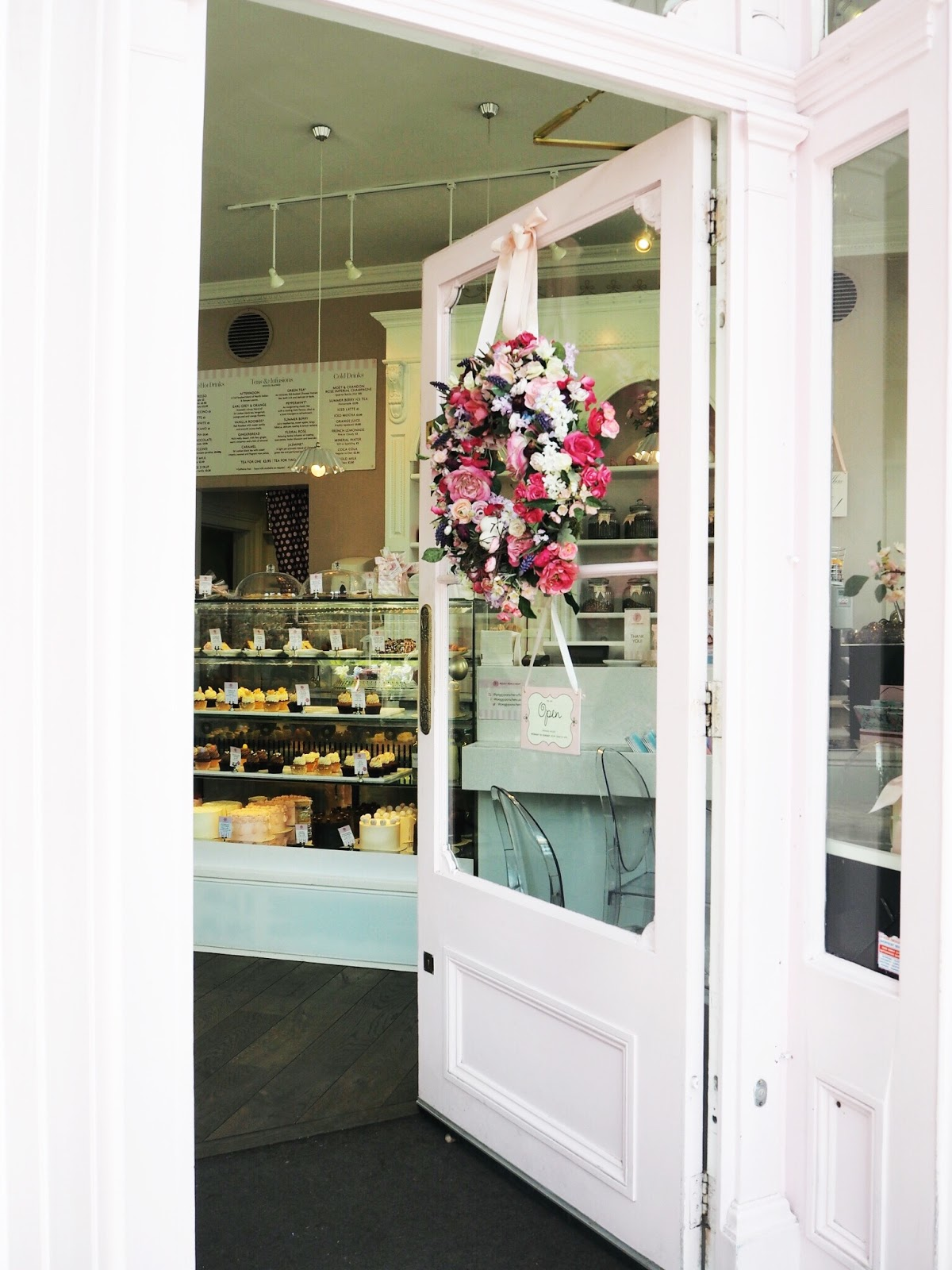 peggy porschen london bloggers instagram guide to london