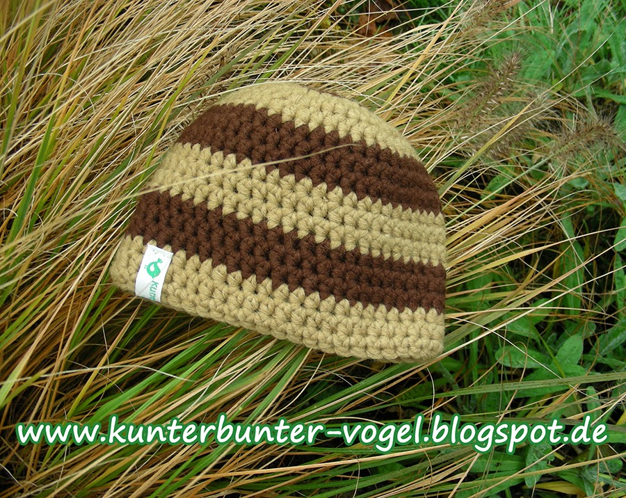 http://kunterbunter-vogel.blogspot.de/2013/11/kinderhakelmutze-sandfarbe.html