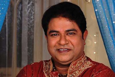 Ashiesh Roy (Pemeran Mr. Chatur Ganguly) – tetangganya Juju