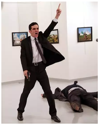 © Burhan Ozbilici, The Associated Press - Canon congratulates winner of the World Press Photo of the Year