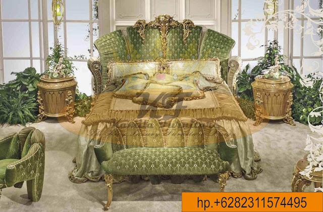 Kamila Furniture: LUXURY CLASSIC ITALIAN FURNITURE BEDROOM