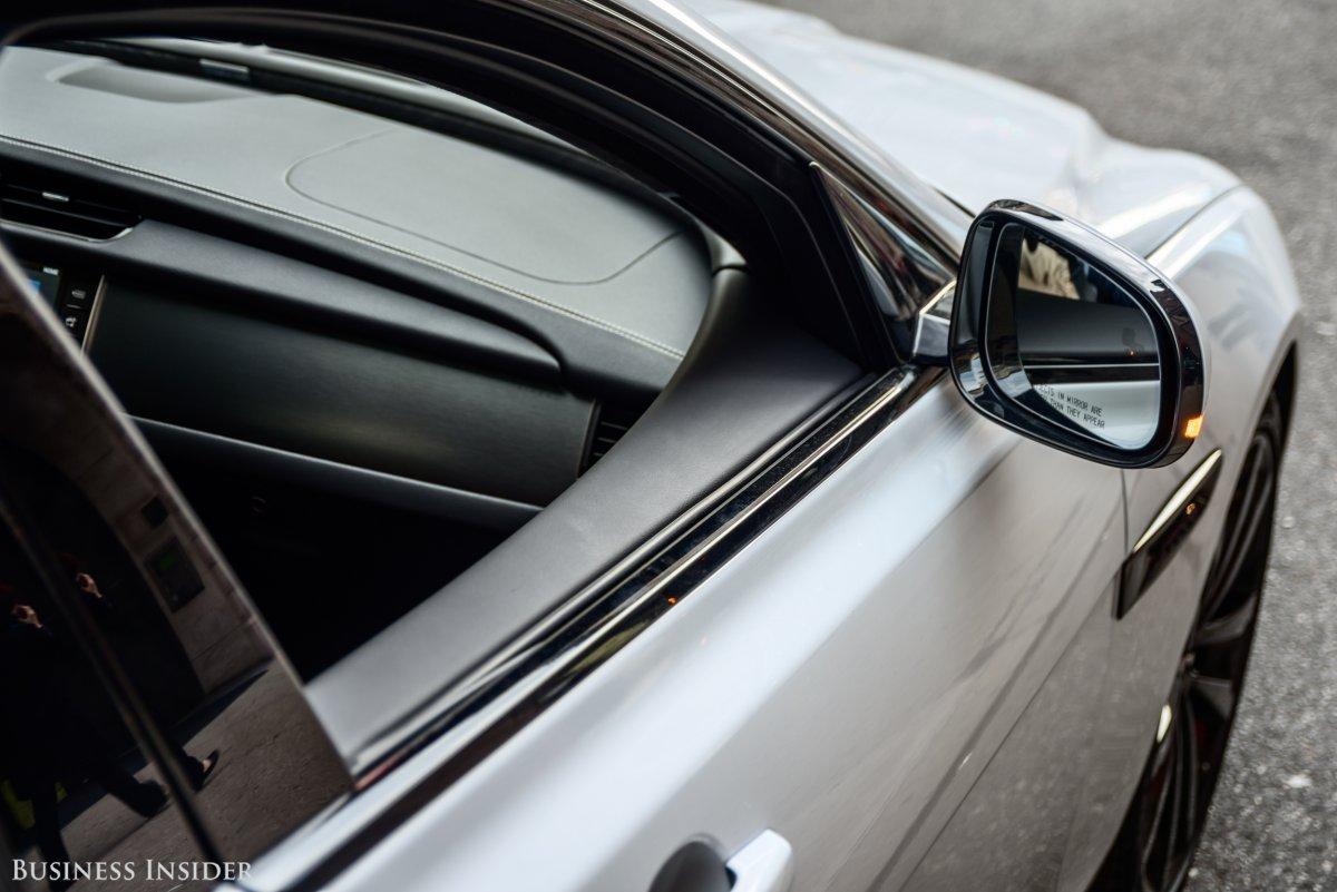 Xe Jaguar Xf 2018