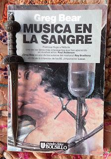 Portada del libro Música en la sangre, de Greg Bear
