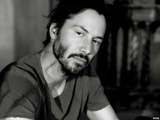Keanu Reeves: Bármin felül tudunk emelkedni!