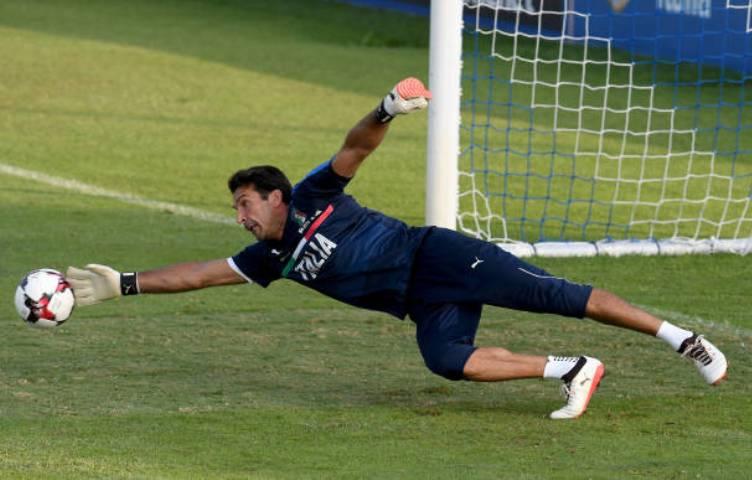 """Buffon: """"Ne smijete zloupotrebljavati VAR"""""""