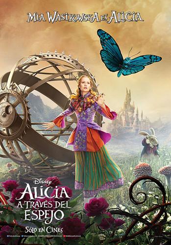 Alicia a través del espejo (2016) [BRrip 170p] [Latino] [Fantástico]