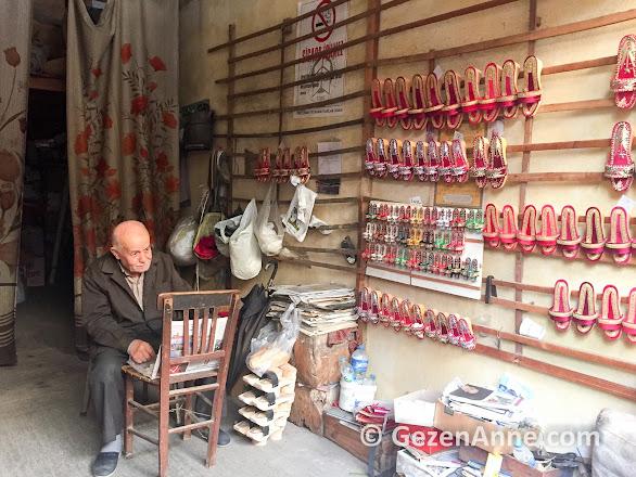 Tire'de son nalın ustası Cemil Tolga, İzmir