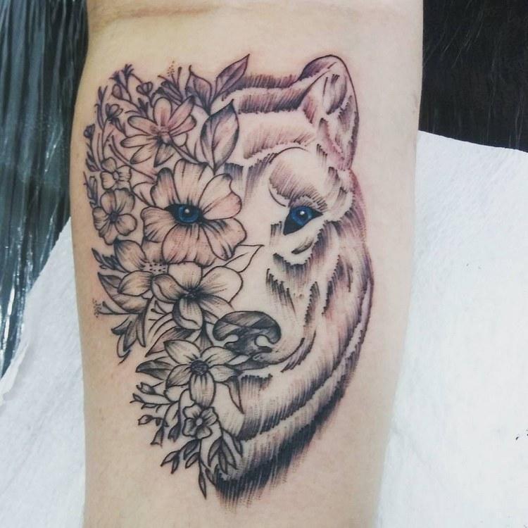 Tattoo ideas, tattoo wolf geometric, wolf tattoo meaning, wolf tattoo tumblr, tattoo wolf design