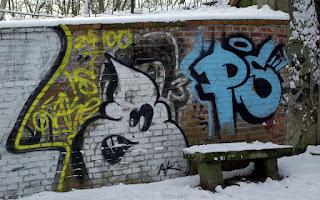 http://fotobabij.blogspot.com/2016/01/graffiti-z-duchem-zdjecie-na-tapete-4k.html