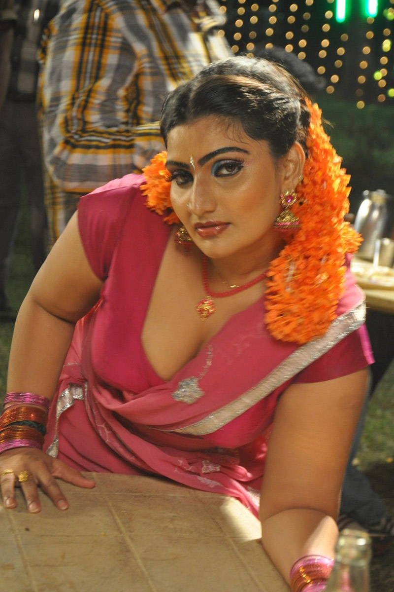 Sizzling Hot Actress Photo Gallery
