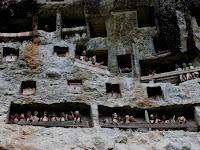 Lemo,  Situs Pemakaman Purba di Tebing Batu
