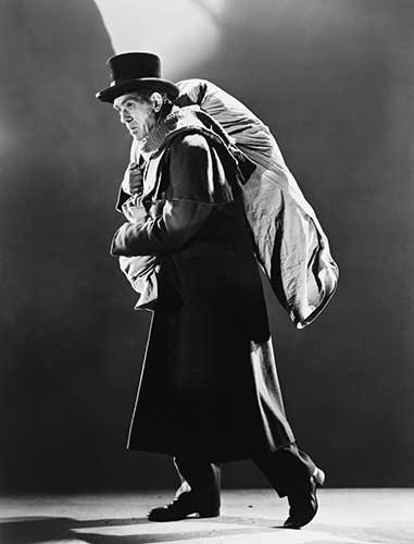 Boris Karloff en una foto promocional de The Body Snatcher (1945)