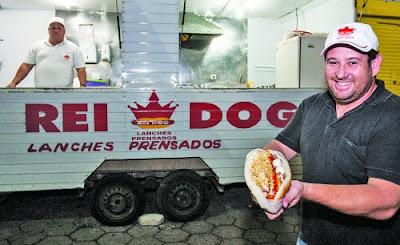 Rei dog, cachorro quente prensado