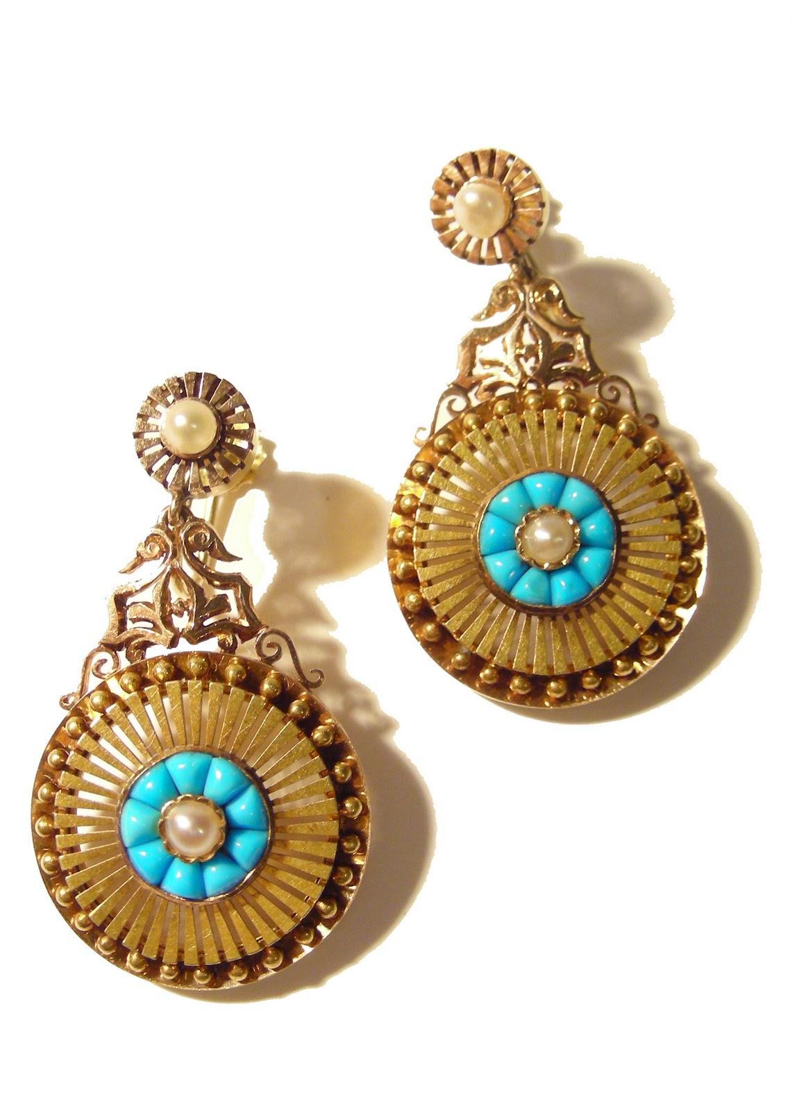 Latest Gold Earrings For Girls