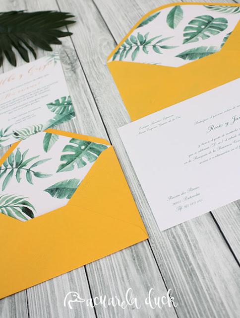 invitación sobre amarillo