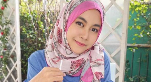 Anisa Rahma Hidayah Berhijab Dari Shalat Tahajud