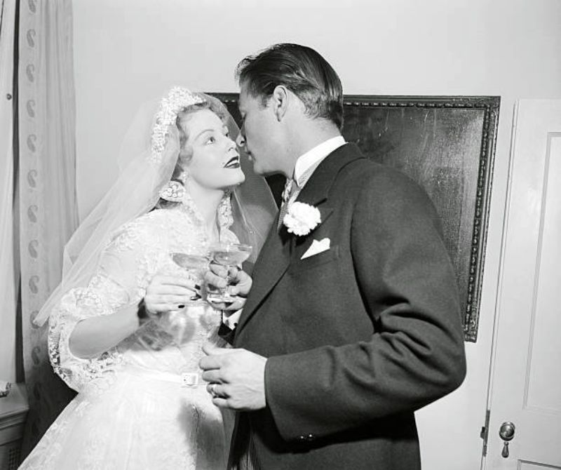 Vintage Wedding Dresses Bristol: 32 Glamorous Photos Of The Best Wedding Dresses Worn By