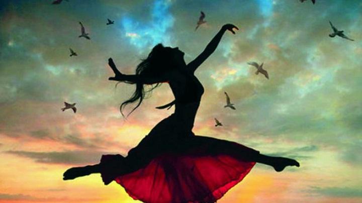 Panduan Menemukan Kebahagiaan Menurut Filsafat dan Penelitian