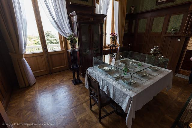 Ливадийский дворец. Интерьеры. Малая столовая