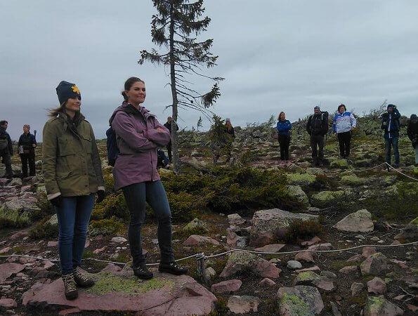 Fulufjället National Park. Governor Ylva Thorn, Crown Princess Victoria and Princess Sofia. Njupeskär waterfall