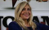 Mara Venier taglia l'esibizione di Vittorio Marsiglia. È polemica: «Mortificante e irrispettosa»