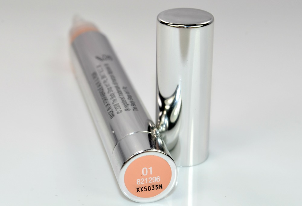 The Body Shop Lightening Touch Concealer