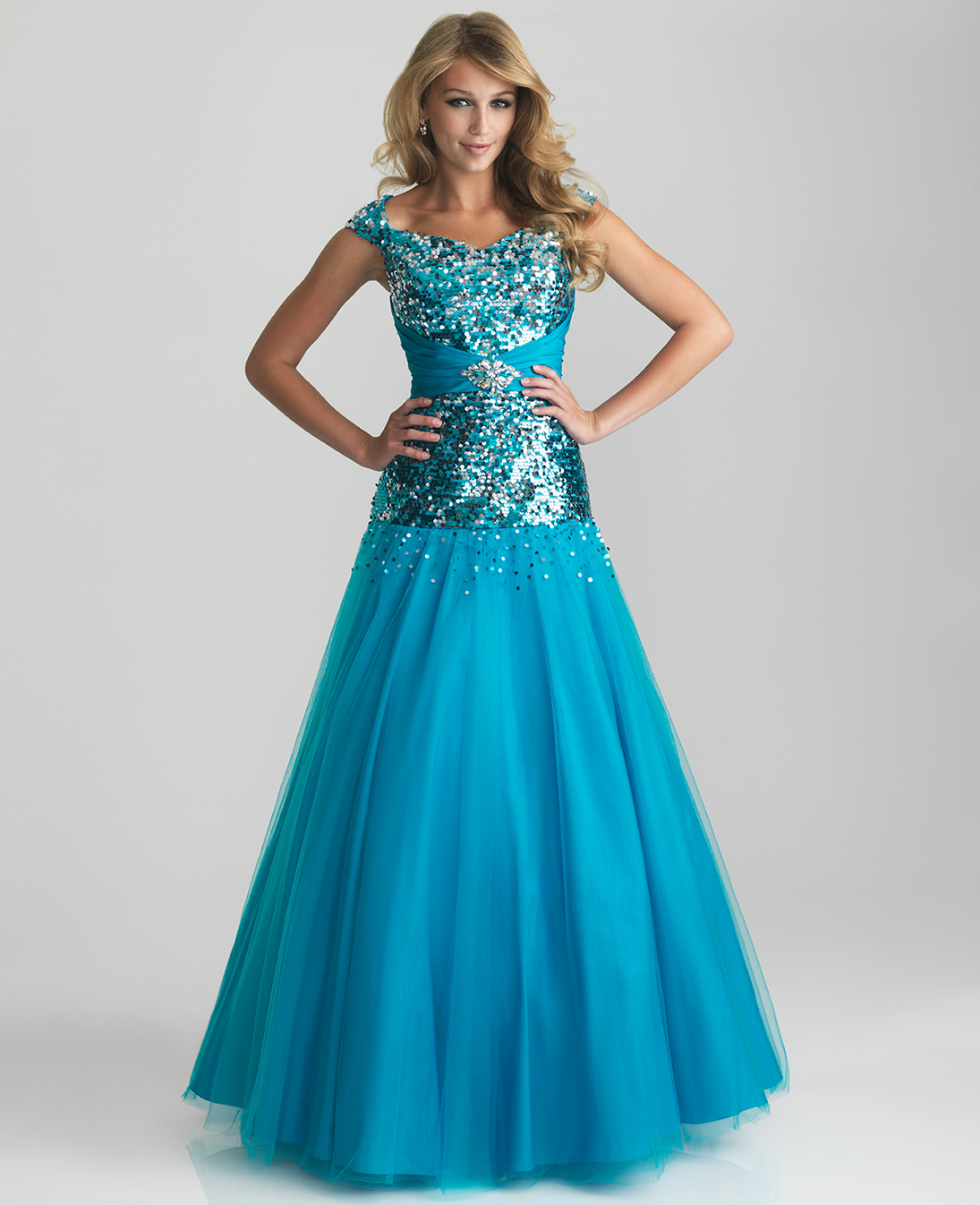 Formal Gowns: LONG HAIRCUTS FOR WOMEN: MODEST PROM DRESSES: IDEAS TO GET