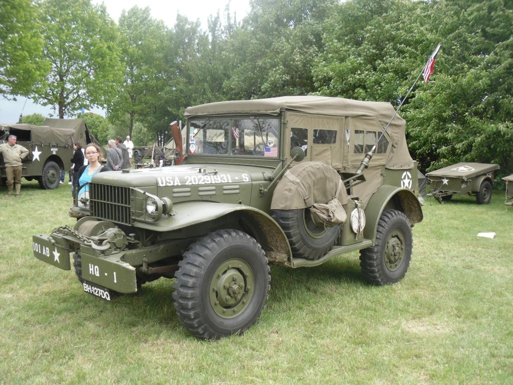 souvenez vous 44 fete de la jeep sagy 2011. Black Bedroom Furniture Sets. Home Design Ideas