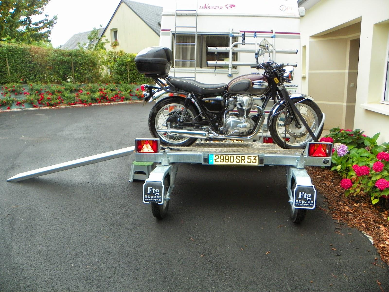 remorque transversale moto pour camping car pas cher 123 remorque. Black Bedroom Furniture Sets. Home Design Ideas
