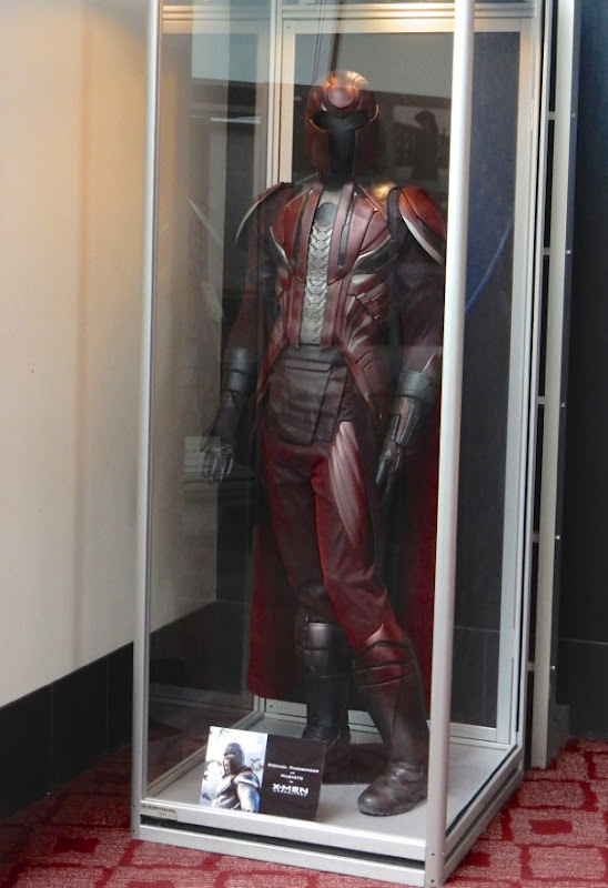 Michael Fassbender Magneto costume X-Men Apocalypse