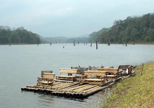 Bamboo Rafting -  Thekkady - Kerala - Pick Pack Go