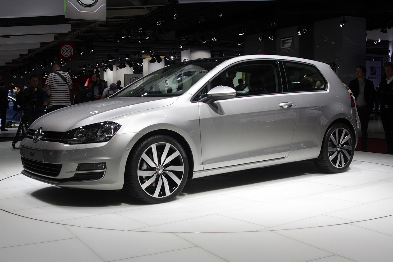2013 volkswagen golf 7 paris te turkeycarblog. Black Bedroom Furniture Sets. Home Design Ideas