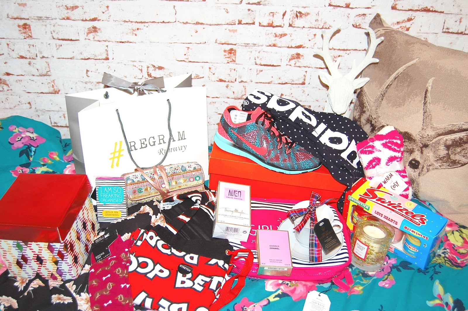 Christmas Presents, Regram Runway, Lush Cosmetics, Nike