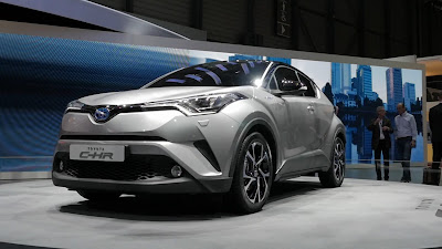 toyota c-hr harga - interior toyota c-hr - toyota chr interior - toyota chr indonesia launching - toyota chr vs honda hrv - toyota chr masuk indonesia - toyota chr youtube - toyota chr masuk indonesia 2018