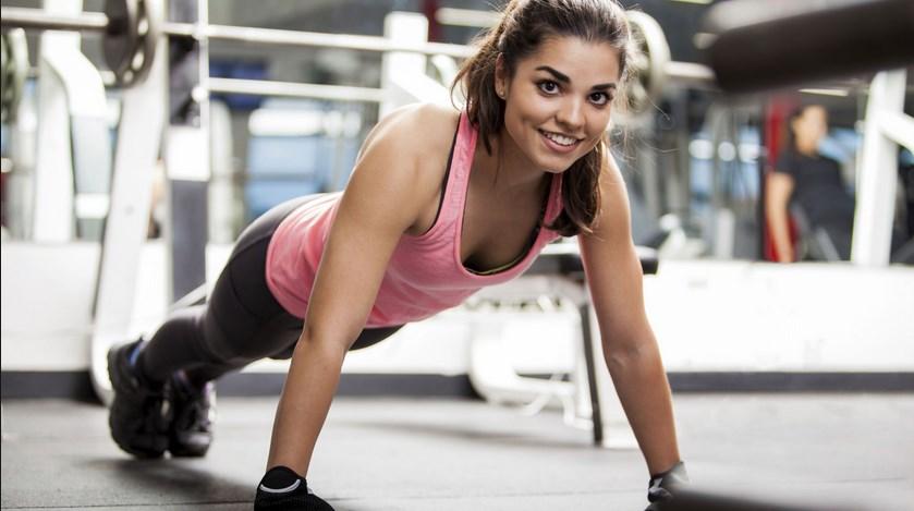mengecilkan bagian tubuh seperti menghilangkan gelambir lemak pada lengan dan juga mengecilkan paha serta mengecilkan perut buncit jadi tidak tercapa