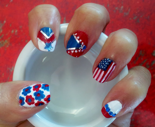 red, white and blue nail designs