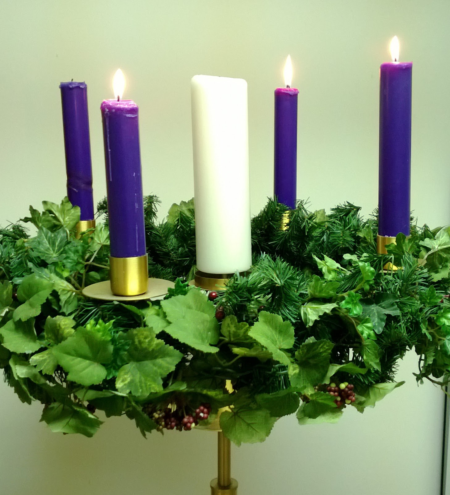 worshiping with children year c third sunday of advent. Black Bedroom Furniture Sets. Home Design Ideas